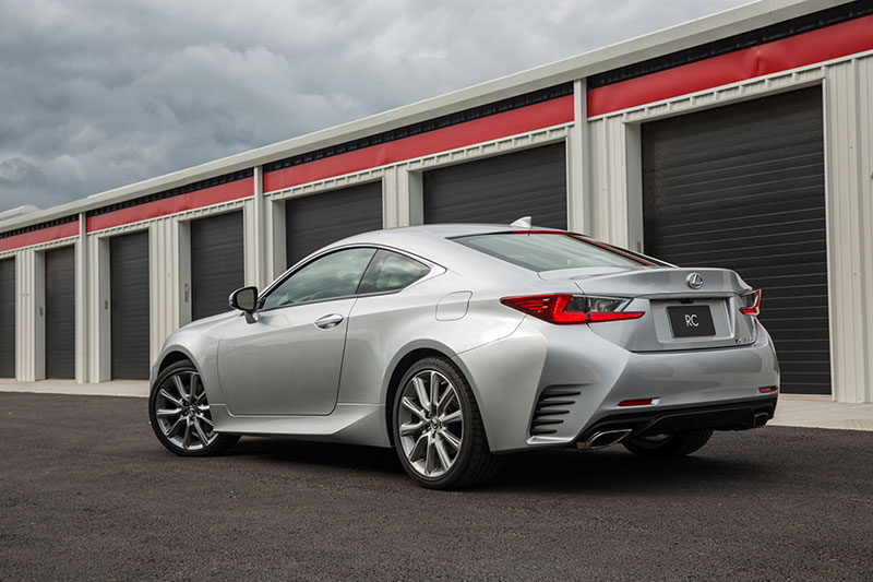2015-Lexus-RC-350-rear