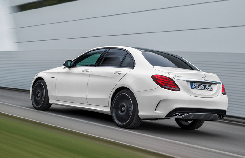 2015-Mercedes-Benz-C450-AMG-rear