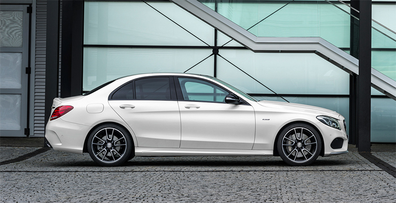 2015-Mercedes-Benz-C450-AMG-side
