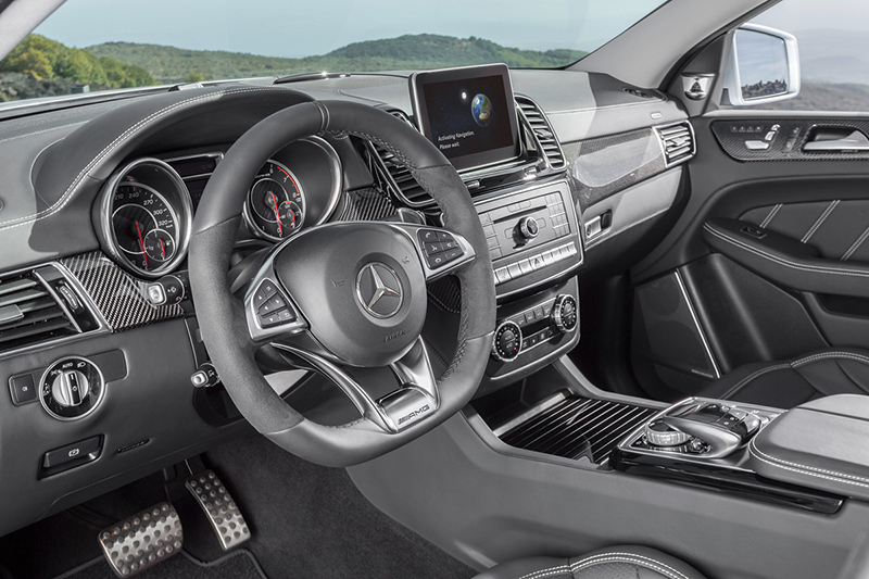 2015-Mercedes-Benz-GLE63-S-Coupe-interior