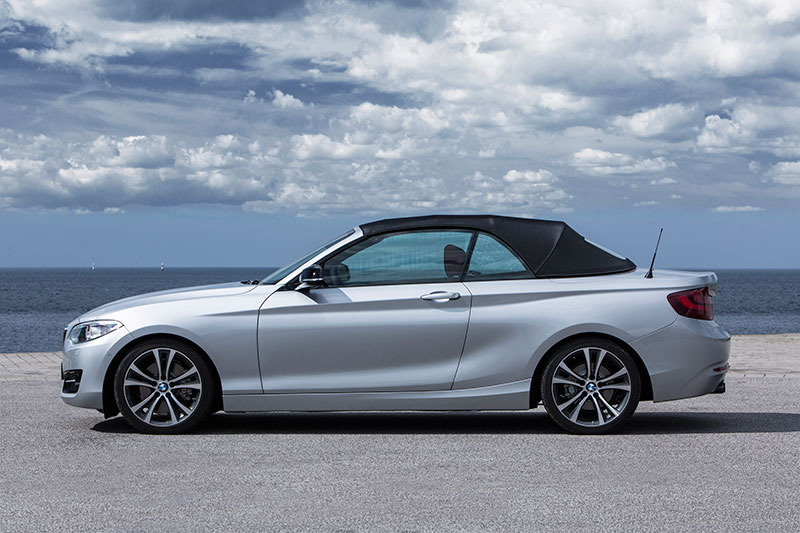 2015-BMW-2-Series-Convertible-profile