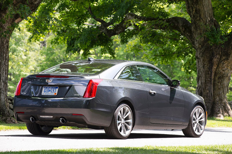 2015-Cadillac-ATS-Coupe-rear