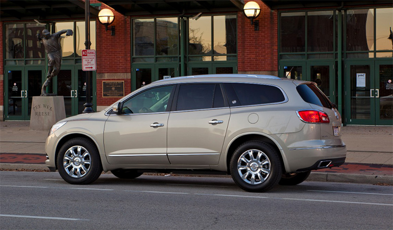 2015-Buick-Enclave-side