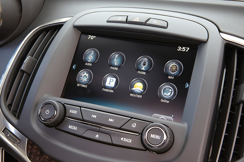 2015-Buick-Lacrosse-display