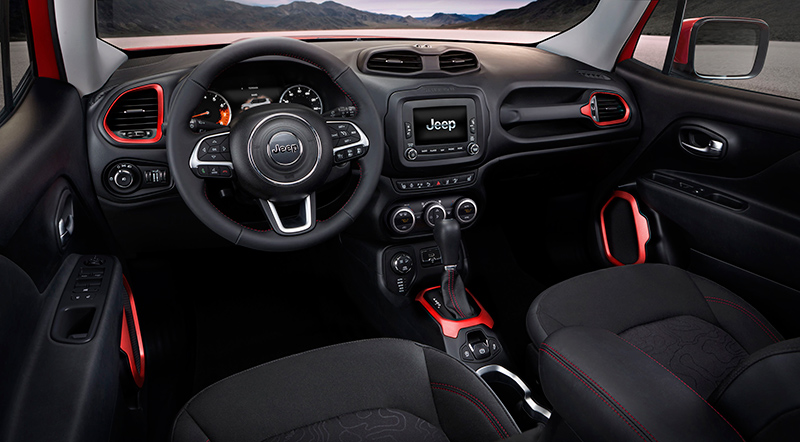 2015-Jeep-Renegade-interior