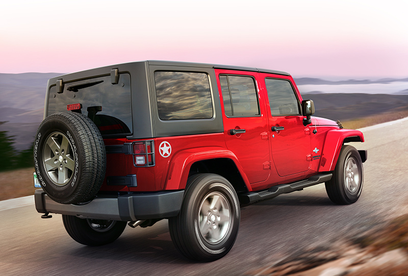 2015-Jeep-Wrangler-Unlimited-rear