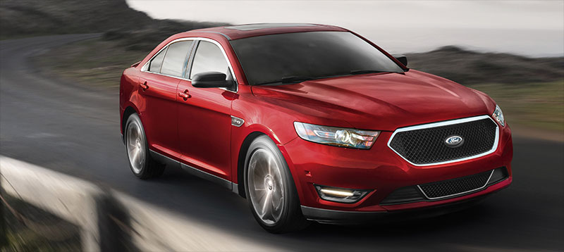 2015-Ford-Taurus-SHO-front-profile