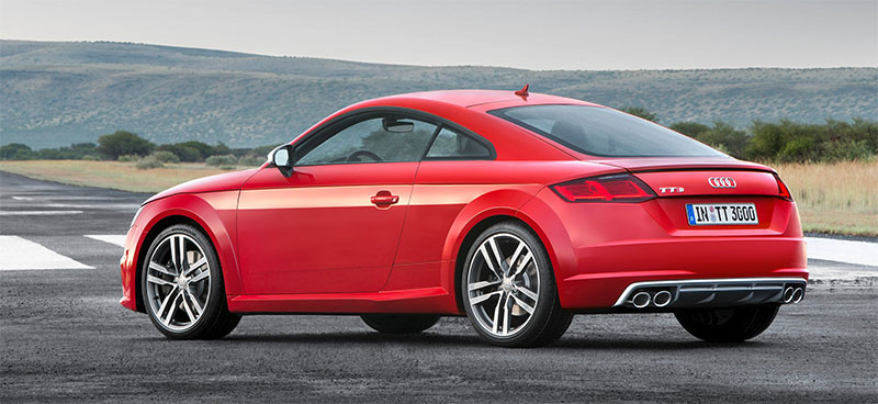 2016-Audi-TT-rear-profile