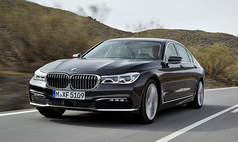 2016-BMW-7-Series-front-profile