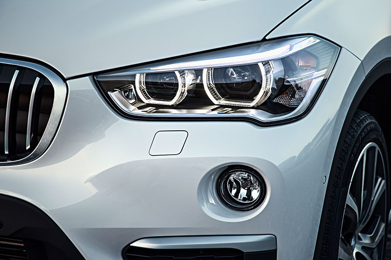 2016-BMW-X1-front