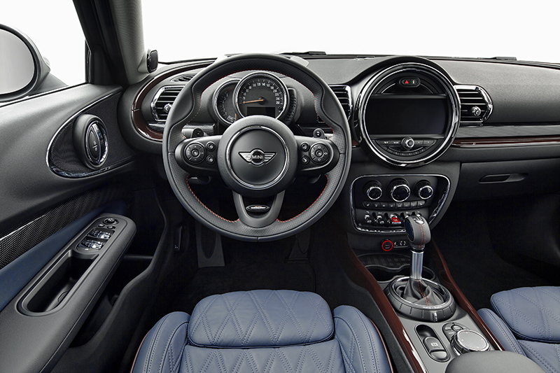 2016 Mini Clubman-interior