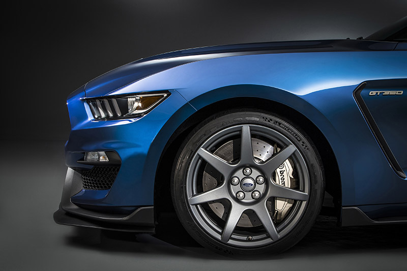Carbon fiber wheels are standard on the Shelby GT350R, a first from a major automaker.  The 19X11-inch front and 19X11.5-inch rear carbon fiber wheels shod in Michelin's Pilot Sport Cup 2 high-performance tires help to reduce unsprung weight by approximately 13 pounds per corner.