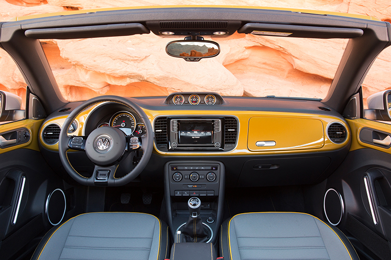 2016 VW Beetle Dune-interior