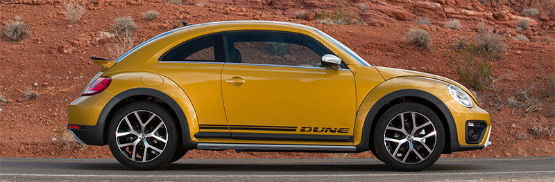 2016 VW Beetle Dune-side